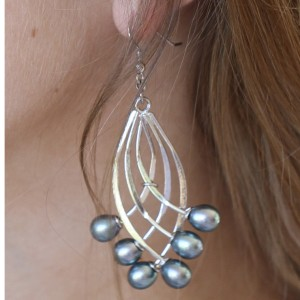 Silver Peacock Pearl Fan Earrings