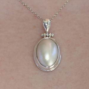 925 Sterling Silver Oval South Sea Mabe Pearl Pendant