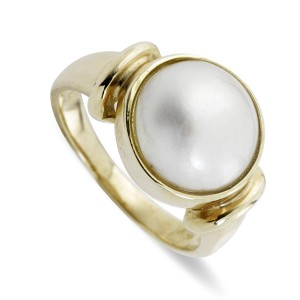 9K Yellow Gold Mabe Pearl Ring