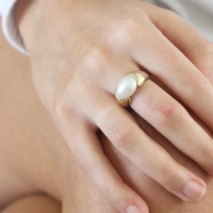 9K Yellow Gold South Sea Mabe Pearl Ring